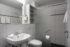 Bad im Doppelzimmer Classic im Hotelteil Siesta Süd